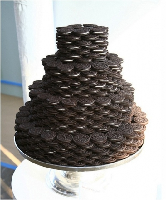 "Oreo ""cake"" created by New York based One Girl Cookies 