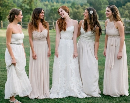 Bridesmaid Dresses – Matching or Mix It Up?