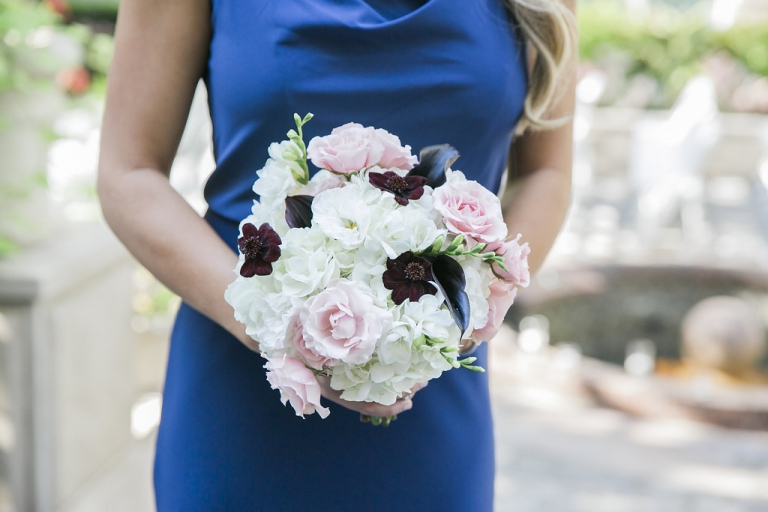 Fall bridesmaid wedding bouquet inspiration - Photos by Havi Frost Photography