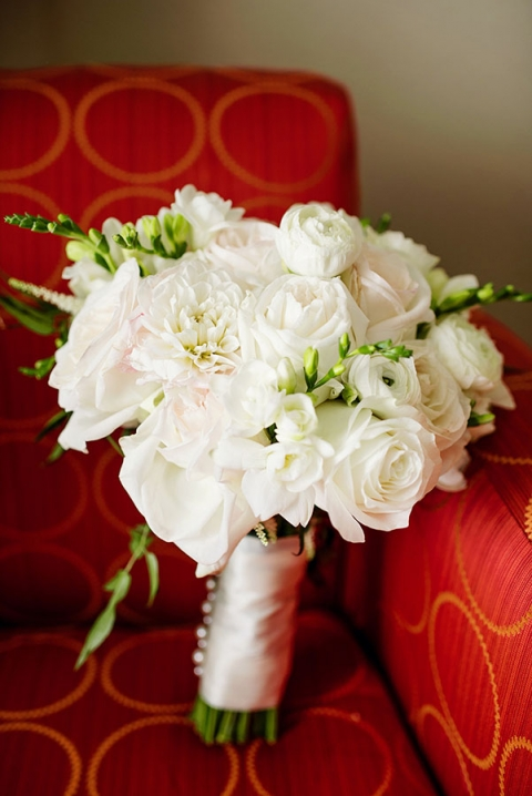 White brides bouquet - Photo by Celina Gomez Photography