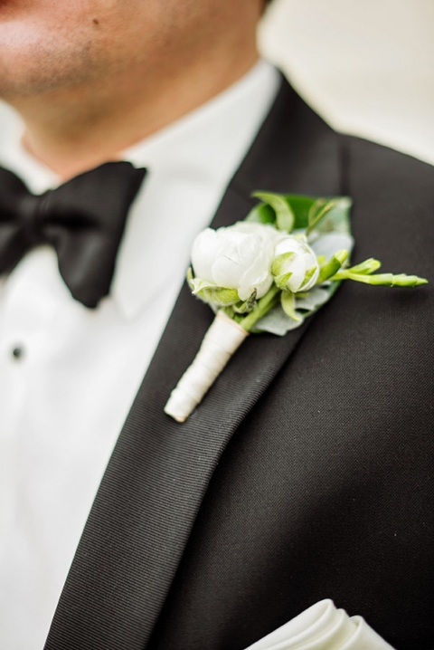 White grooms boutonniere - Photo by Celina Gomez Photography