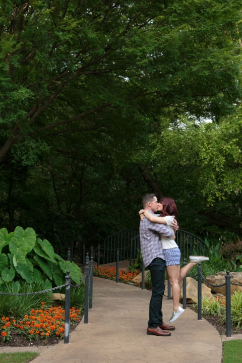 Outdoor engagement photo at a park - Photo by The Mamones
