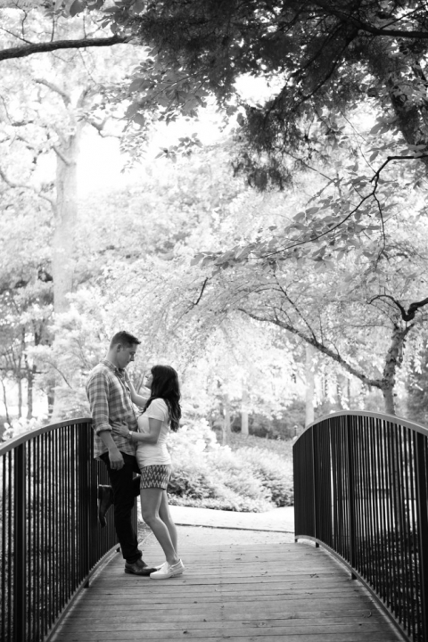 Outdoor engagement photos - Photo by The Mamones