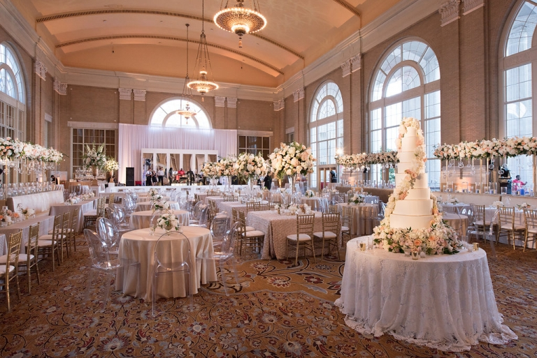 Main Wedding Reception E For Summer At Union Station In Dallas Tx Photos