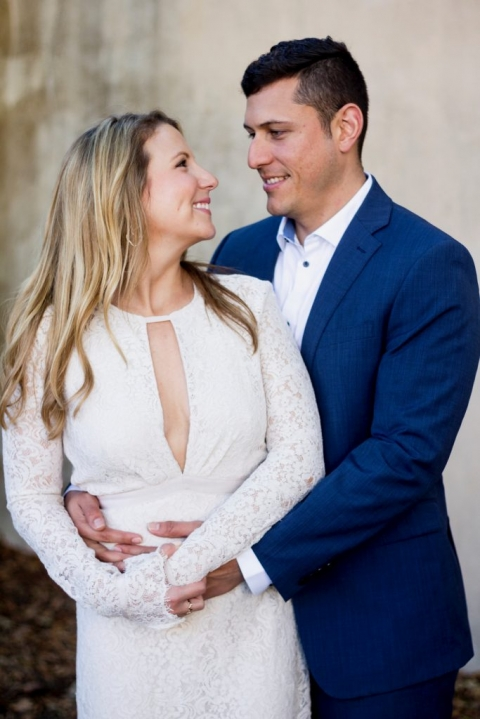 Outdoor engagement photos in Dallas, Texas - Photos by A Nomadic Love